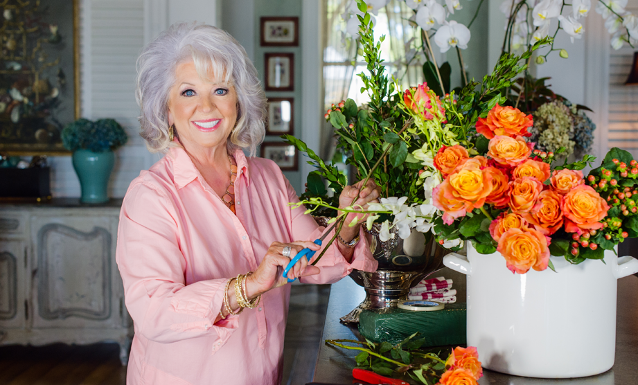 How-To: Creating a Floral Centerpiece Thumbnail