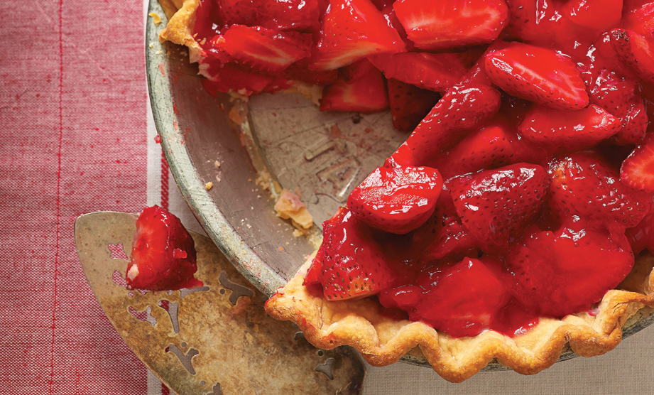 Paula Deen Cuts the Fat, 250 Favorite Recipes All Lightened Up, Exclusive: Old-Fashioned Strawberry Pie