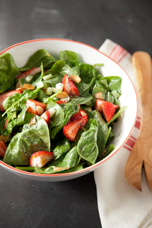 Spinach and Strawberry Salad Thumbnail