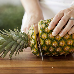 What's in Season: Pineapples Small