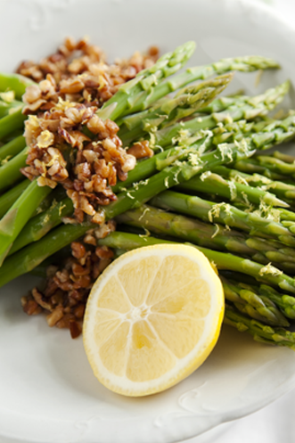 Asparagus with Lemon Pecan Brown Butter Thumbnail