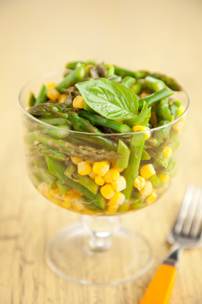 Corn and Asparagus Salad Thumbnail