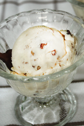 Lighter Butter Pecan Ice Cream Thumbnail