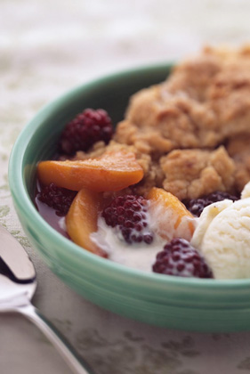 Blackberry and Peach Cobbler Thumbnail