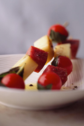 Salami, Mozzarella, and Basil-Tomato Skewers Thumbnail