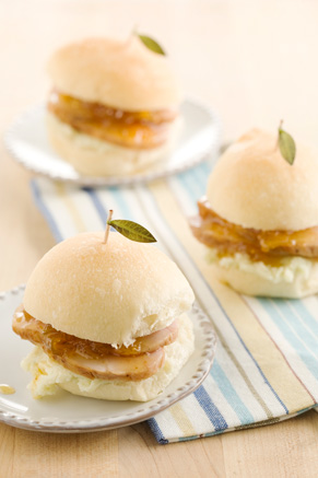 Fig Balsamic Pork Tenderloin Sliders Thumbnail