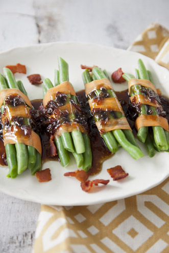 Green Bean Bundles With Bacon Vinaigrette Thumbnail