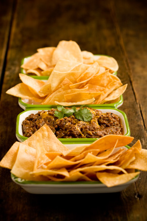 Hot and Spicy Refried Bean Dip Thumbnail