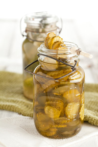 Icebox Bread and Butter Pickles Thumbnail