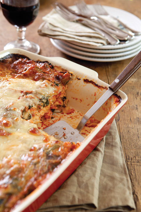 Cheesy Chicken and Vegetable Lasagna Thumbnail