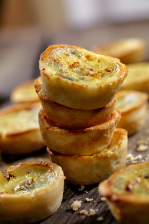 Mini Artichoke and Gruyere Quiche Thumbnail