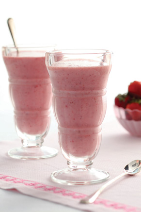 Strawberry Banana Smoothies Thumbnail