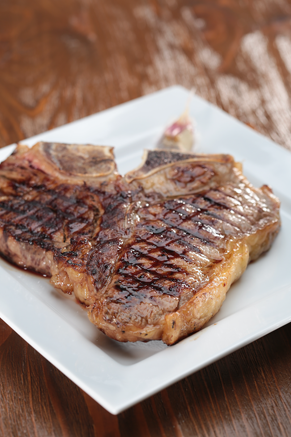 T-Bone Steaks with Garlic Parsley Sauce Thumbnail